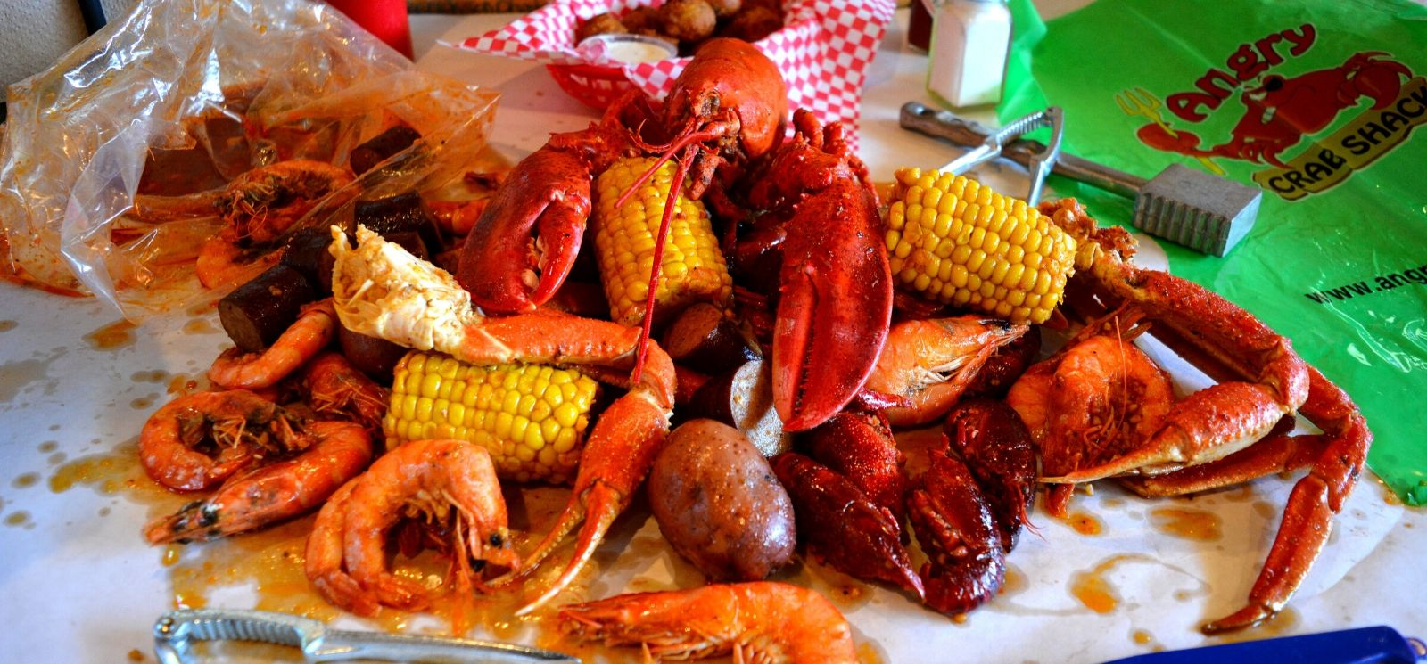 Why Angry Crab Shack is Set Up for Success for the Summer Seafood Spike