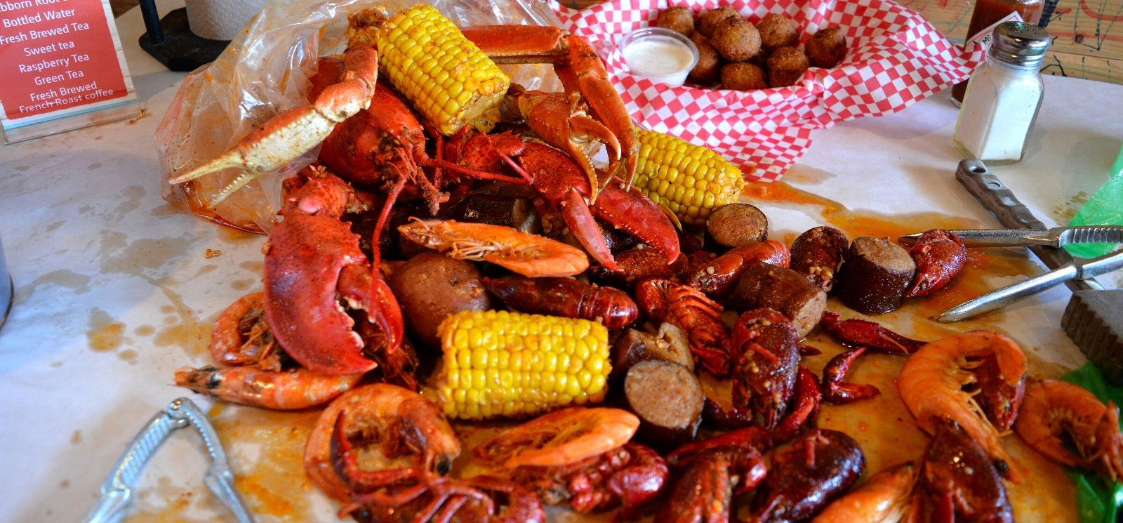 Proof the Seafood Boil Restaurant Trend is Here to Stay